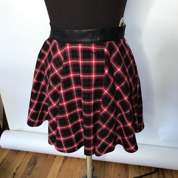 749736b0f139b9 Forever 21 Dresses & Skirts - Forever 21 Red Plaid Skater Skirt Size S